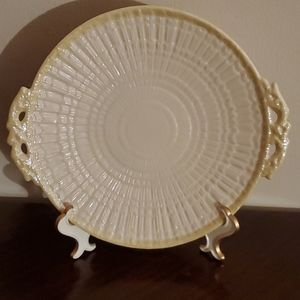 Belleek Limpet Cake Plate With Handles